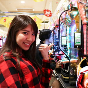Let's try Pachinko at the Shinjuku Maruhan